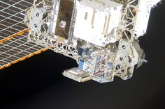110306-F-VC230-001.jpg (3600×2403)