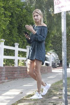 Hailey Baldwin Out And About In Los Angeles