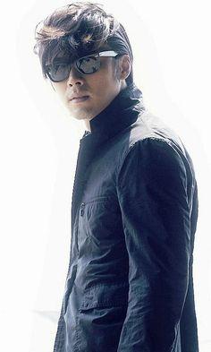 Esteeming: Hyun Bin – The Fangirl Verdict Korean Star, Korean Men, Korean Actors, Asian Men, Kdrama, Soul Songs, Hello My Love, Man Character, Hyun Bin