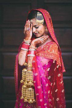 Breathtaking fuchsia, orange, and gold Indian bridal style | PhotozAapki