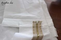 How to Make a Cushion Cover- concealed zip-ends on boxed cushion cover