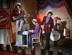 """""""Monkees on the Wheel"""" Pictures 