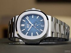 History of the Patek Philippe Nautilus Sport Watches, Cool Watches, Watches For Men, Modern Watches, Elegant Watches, Patek Philippe, Luxury Watches, Rolex Watches, Mobile Watch