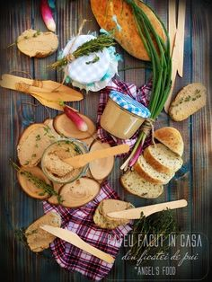 Angel's food: Pateu facut in casa din ficatei de pui I Foods, Cooking Recipes, Cheese, Diet, Recipies, Chef Recipes, Loosing Weight, Recipes, Meals