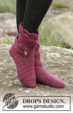 Ravelry: 171-37 Hot Socks pattern by DROPS design