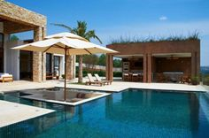 Sunken Sitting Area Designs In The Pool For Your Utmost Relaxation