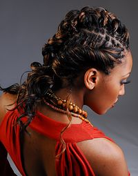 Become a Natural Hair Curlturist at www.everettes.com