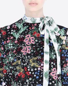 *.* Modern Colorist - Valentino - Midnight Garden - Dress In Camugarden Georgette. Floral