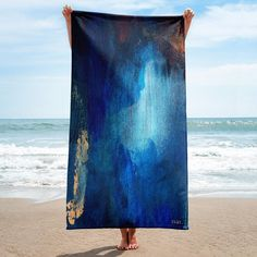 nat. seacaving towel Flamboyant, Carbon Footprint, Textile Prints, Sustainable Living, Weekend Getaways, Deep Blue, Towels, Abstract Art, Bathroom