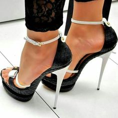 Snake Pattern Ankle Strap High Stilettos Platform Sandals Woman Thin Heels Buckle Large Size 12 15 For Ladies Summer Shoes Party Bow Heels, Ankle Strap Heels, Ankle Straps, Stiletto Heels, All Star Branco, Frauen In High Heels, Beautiful High Heels, Womens Summer Shoes, Open Toe Shoes