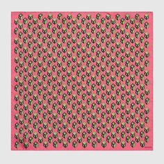 GUCCI Gg Wallpaper Print Silk Pocket Square. #gucci #men's pocket squares