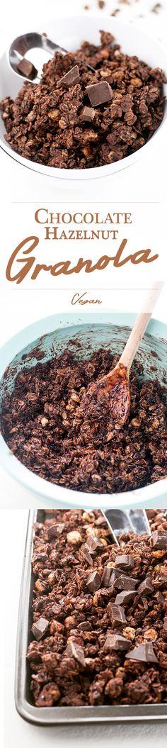 Delicious Chocolate Hazlenut Granola - Vegan, Simple, Delicious. #chocolate #hazelnut #granola #breakfast #oatmeal
