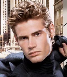 sert Erkek Dalgalı Saç Modelleri