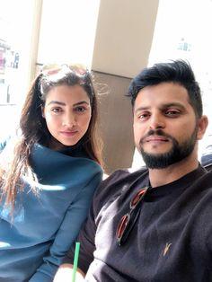 Suresh Raina and wife Priyanka Raina strike a selfie!