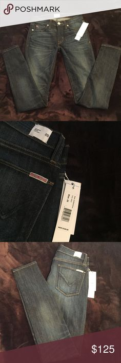 Hudson Midrise Nico SuperSkinny Size 25 Hudson Midrise Nico SuperSkinny Dark wash jeans, size 25. Picture #2 most accurate depiction of Jean wash. Hudson Jeans Jeans Skinny