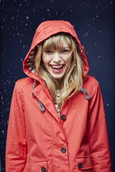 The Coast Jacket - Perfect accompaniment to any British summer wardrobe. 100% waterproof.