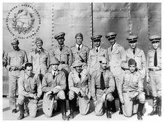 Pilotos da Força Pública de São Paulo, Campop de Marte, 1932. photo DSC00616_zpsa53fcfc1.jpg