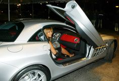 Beyonce Knowles arriving in the Mercedes-Benz SLR McLaren