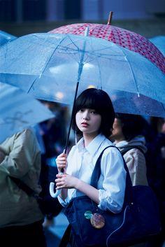 Portraits, Portrait Poses, Human Poses Reference, Anime Girl Short Hair, Korean Anime, Japanese Mythology, Rain Photography, Standing Poses, Posing Guide