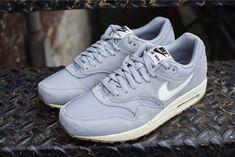 Nike Air Max 1 Essential Suede Matte Silver - 04/2014