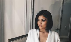 Kylie Jenner's New Bob Cut Look For Real! - http://www.movienewsguide.com/kylie-jenners-new-bob-cut-look-real/247344