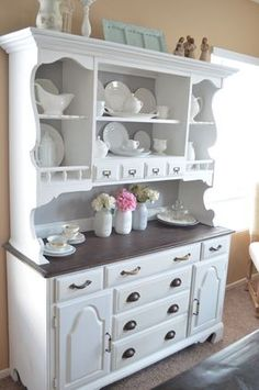 Hutch Transformation Part 2 using bb frosch chalk paint powder. Cost less then… Dining Room Paint, Dining Room Buffet, Dining Room Design, Dining Room Furniture, Dining Rooms, Dining Hutch, Kitchen Cabinets, Dining Area, Buffet Hutch