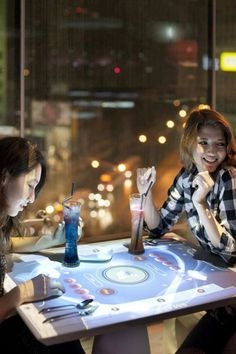MOJO iCuisine Interactive Restaurant in Taipei, Taiwan 2 - Restaurants And Coffee Shops With Beautiful Interior Design