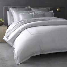 Expressions Harmony 300 Thread Count 100/% Cotton Sateen Weave Sheet Set