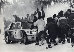 205 Ploughing into Spectators 1985 MC 02 Vatanen Rally Drivers, Rally Car, 205 Turbo 16, Off Road Racing, Auto Racing, Automobile, Classic Race Cars, Crazy Fans, Car Pictures