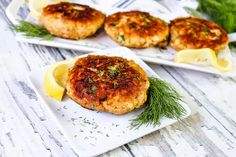 Canned Salmon Patty On A Plate With Lemon And Dill. Canned Salmon Patties, Best Salmon Patties, Canned Salmon Recipes, Salmon Patties Recipe, Fish Recipes, Seafood Recipes, Cooking Recipes, Healthy Recipes, Tuna Patties