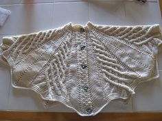 Ravelry: Project Gallery for Kathy Kelly Cabled Capelet pattern by Renate Haeckler