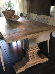 I like this look of the rustic table with comfy chairs Farmhouse Dining Room Table, Trestle Dining Tables, Dinning Room Tables, Solid Wood Dining Table, Dining Room Design, Interior Design Living Room, Rustic Table, Dining Room Light Fixtures, Dining Room Lighting