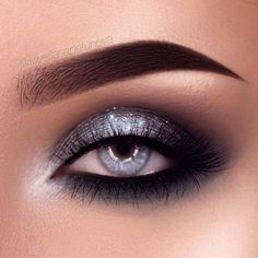Grey eyes are just stunning. And with the right combo of eye makeup, you can really make your gorgeous eyes stand out! Check out our favorite makeup looks. #makeupideasforhomecoming