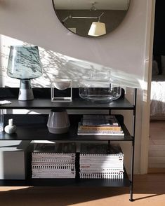 We think that function and simplicity is the best combination! COMPILE flawlessly reflects beauty in its technical form and is perfectly useful in every way. We love the clean and eclectic styling of this black COMPILE in the home of @suvim_valkoinenharmaja