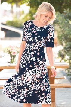 Modest Dresses, Cute Dresses, Beautiful Dresses, Vintage Dresses, Casual Dresses, Casual Outfits, Knit Dress, Dress Skirt, Mom Dress
