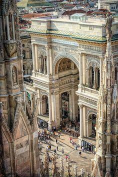 Galleria Vittorio Emanuele from the Duomo, Milan Ancient Architecture, Beautiful Architecture, Beautiful Buildings, Beautiful Places, Places To Travel, Places To Visit, Milan Travel, Galleria Vittorio Emanuele Ii, Chapelle