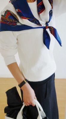 http://ameblo.jp/komatsu1108/entry-12144398466.html  スカーフ巻き方  スカーフコーデ scarf arrangement エルメス カレ HERMES carres アラフォーファッション モノトーン