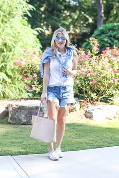 Ripped jean shorts, converse outfit inspiration, blue mirrored sunglasses, gingham, navy and white.