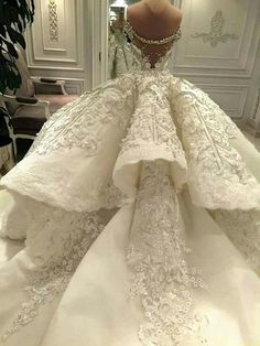 Luxury Ball Gown Wedding Dress Off the Shoulder Sparkly Crystals Beads Sequins Lace Appliques Luxurious Bridal Gowns with Long Train Couture Wedding Gowns, Dream Wedding Dresses, Bridal Dresses, Gown Wedding, Dubai Wedding, Wedding Reception, Wedding Venues, Wedding Ideas, Beautiful Gowns