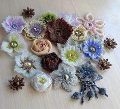 Весна, где-то застряла, поэтому я достала свою коробку с цветами- черновиками и буду зазывать весну. Весна))))) #hellenca79 #цветы #весна