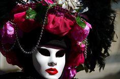 https://flic.kr/p/kEeEed | Venice Carnival 2014 - Carnevale di Venezia 2014 | Giovedì e Venerdì grasso nella splendida cornice di Venezia in compagnia delle sue splendide architetture e delle sue maschere