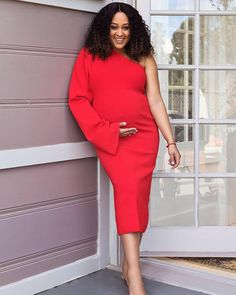 """c65473e7686  tiamowry on Instagram  """"It s the freaking weekend ❤ ❤ ❤ ❤ 📸-   kimgenevieve  losangeles  photography  pregnant  fashion"""""""