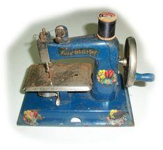 Vintage CHILDRENS TOY SEWING Machine  Kay ee by vintagewarehouse, $12.00