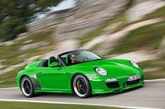 Porsche 911 Green Cayman