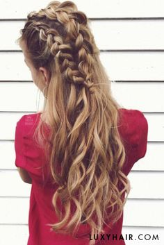 Gorgeous braids and waves with Dirty Blonde @luxyhair extensions on @sass.and.braids