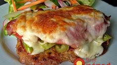A rich recipe for tried pork chops / Onion Recipes, Meat Recipes, Cooking Recipes, Czech Recipes, Ethnic Recipes, Borscht Soup, Liver And Onions, Pork Meat, Rich Recipe