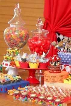 Festa Circo em Cores