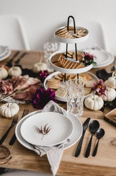 Modern Autumn Tables