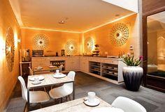 orange color for interior decorating
