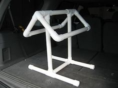 Make a portable saddle rack out of PVC pipes! Measure your largest saddle. Cut pieces of PVC pipe to the lengths needed for each section of the saddle rack. Assemble the rack with PVC connectors and a Horse Tack Rooms, Padded Wall, Horse Gear, Horse Tips, Saddle Rack, Horse Saddles, Western Saddles, Horse Crafts, Horse Trailers